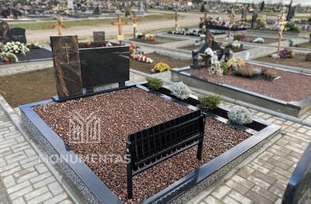 Atlenkiamas kapų suoliukas