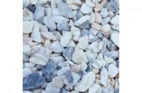 Baltai mėlyna granito skalda