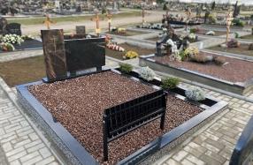 Kapo dengimas skalda Liepynės kapinėse