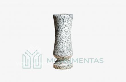 Pilko granito vaza V18