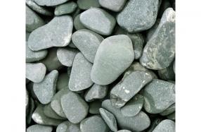 Žali glūdinti akmenukai kapams