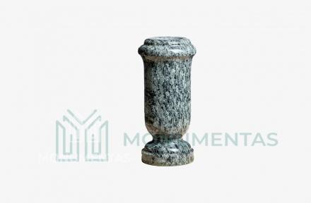 Žalsvo granito vaza V15